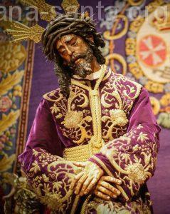 Devoto Besamanos a Jesús del Gran Poder